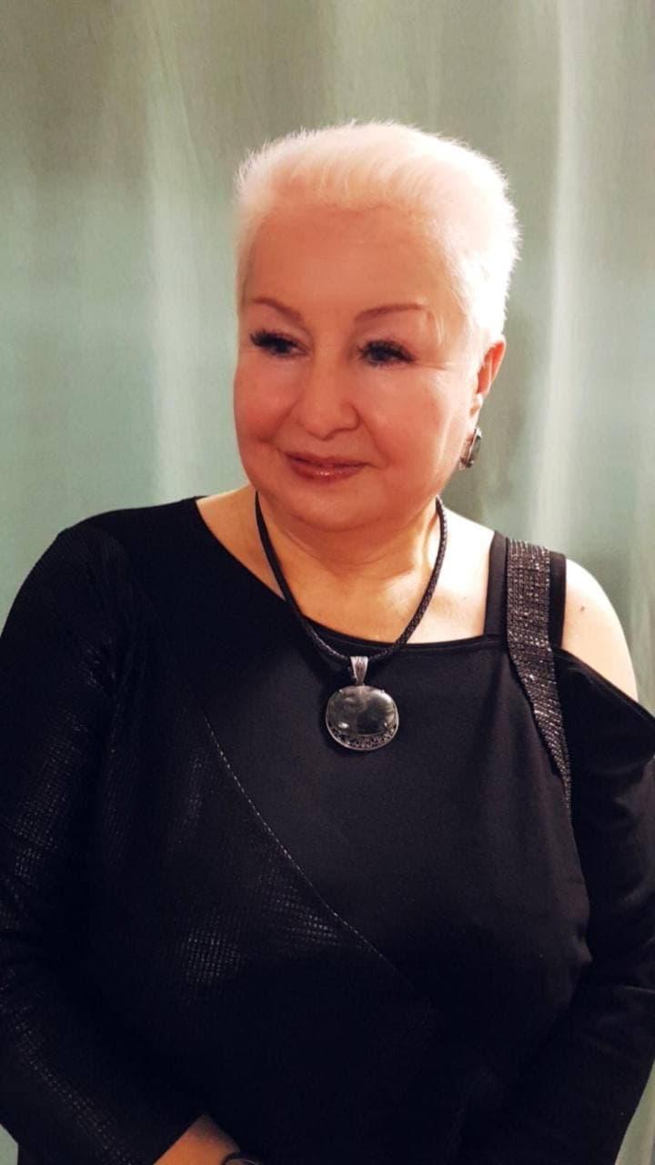Зоя Каменькова